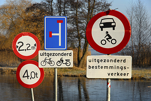 Netherlands, View of traffic signs between Gouda and Bodegraven - MIZ000172