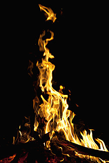Germany, Close up of campfire - NDF000297