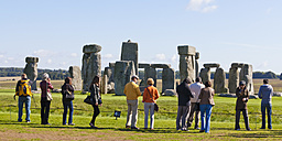 England, Wiltshire, Visitors at Stonehenge - WD001542