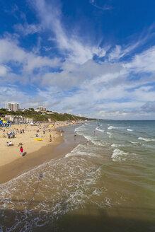 England, Dorset, Bournemouth, People at beach - WDF001558
