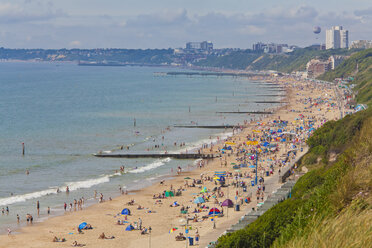 England, People at Bournemouth Beach - WD001567