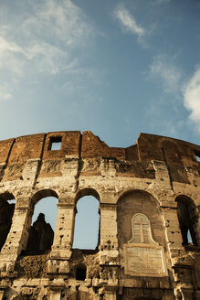 Italy, Rome, View of Colosseum - KA000058