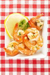 Plate of prawns, close up - MAEF005933