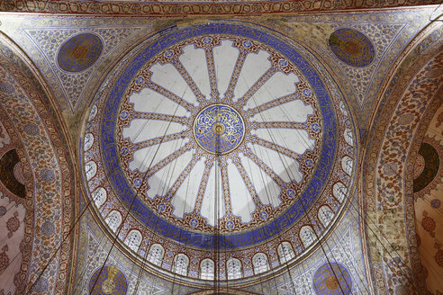 Turkey, Istanbul, Main dome in Sultan Ahmed Mosque at Sultanahmet district - SIE003386