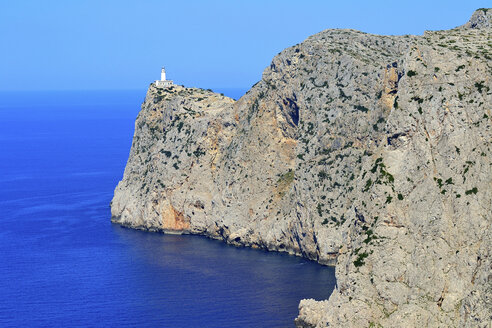 Spain, View of lighthouse at Cap Formentor - MHF000119