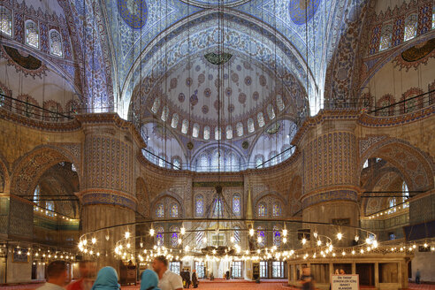 Turkey, Istanbul, Interior of Sultan Ahmed Mosque or Blue Mosque - SIE003421