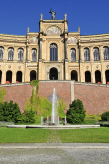 Europe, Germany, Bavaria, Munich, View of Bavarian parliament building at Maximilianeum - ES000307