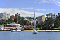 Australia, New South Wales, Sydney, View of arrival at Manly Cove - MIZ000289