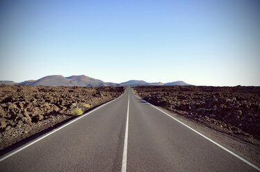 Spain, View of straight and endless road - ON000100