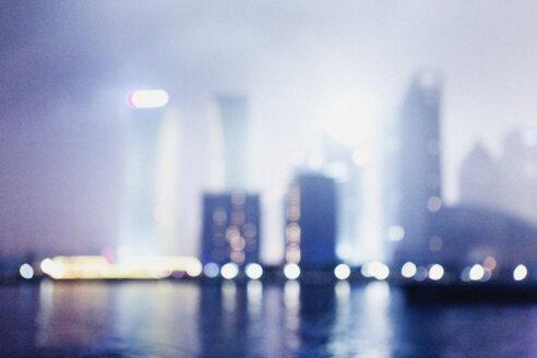 China, Shanghai, Financial District in Shanghai at night - FL000317
