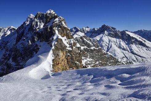 Germany, Bavaria, View of Karwendel Mountains - ESF000330