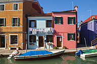 Italy, Venice, Colourful houses and sleepy canal on Burano island - HSIF000230