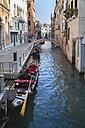 Italy, Venice, Gondonla on canal at Cannaregio - HSI000273
