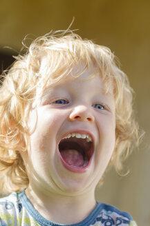 Austria, Boy laughing, close up - LF000517