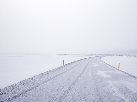 Iceland, View snowdrifts on Route 1 - BSCF000261