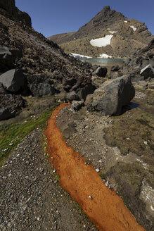 New Zealand, View of Tongariro volcano - MR001413