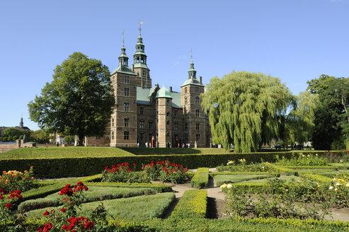 Denmark, Copenhagen, View of Rosenborg castle - LH000006