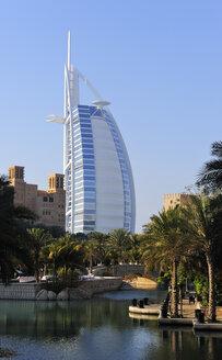 United Arab Emirates, Dubai, View of Burj al Arab Hotel - LH000053