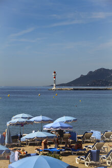 France, Cannes, View of shore and lighthouse - HA000026