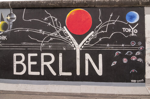 Germany, Berlin, Mural painting on Berlin wall - CB000029