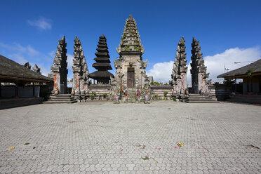 Indonesia, View of Pura Ulun Danu Batur temple at village Batur - AM000085