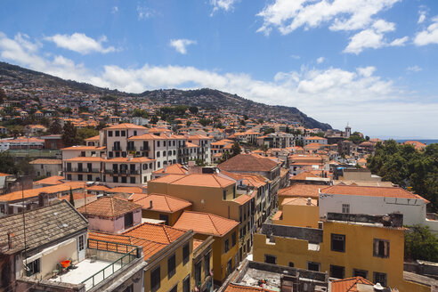 Portugal, Funchal, View of houses at Madeira - AMF000134