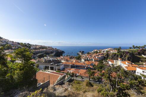 Portugal, View of houses at Camara de Lobos - AMF000205