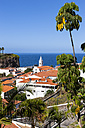 Portugal, View of houses at Camara de Lobos - AMF000212