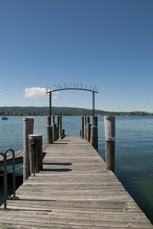 Germany, Baden Wuerttemberg, View of pier at Allensbach - BST000068