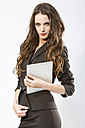Portrait of businesswoman with digital tablet, close up - MAEF006792