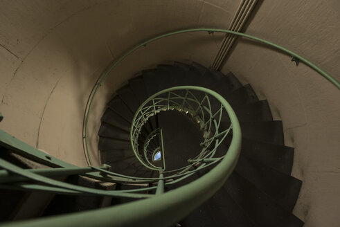 Germany, Berlin, Spiral staircase in triumphal column - FB000062