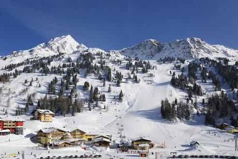 Austria,Salzburg, Ski-region with Plattenspitz - SIEF003860