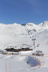 Austria, Salzburg, Hochalmbahn chairlift at Radstadt Tauern mountain - SIE003853
