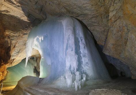 Austria, Werfen, View of Eisriesenwelt Ice Cave - SIE003869