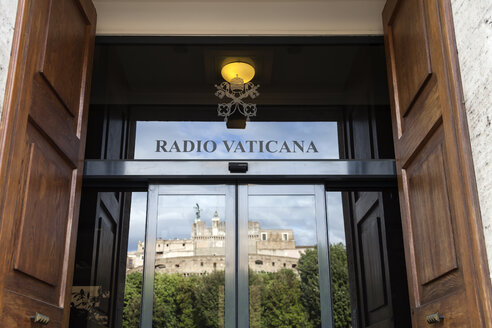 Italy, Rome, Entrance of Vatican - HA000104