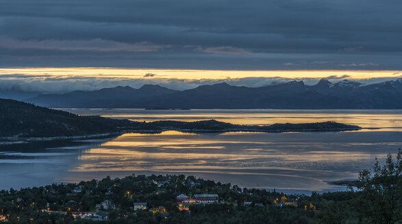 Norway, View of Lofoten - HWO000010