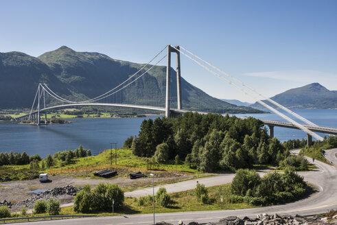 Norway, View of Gjemnessund Bridge - HWO000029