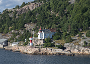 Norway, Museum and lighthouse at harbor - HWO000055