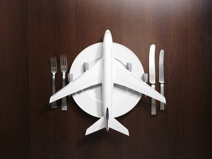 Place setting with airplane - EDF000042
