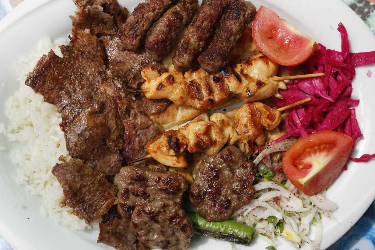 Turkey Izmir Mixed Kebab On Plate Sief003946 Martin Siepmann Westend61