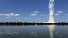 Germany, Bavaria, Landshut, View of nuclear power plant - RDF001062