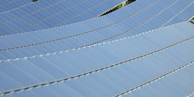 Germany, Bavaria, Solar panels, close up - RDF001041