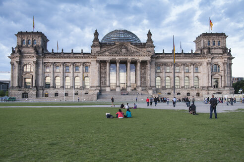 Germany, Berlin, View of  German parliment building - HA000140