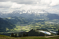 Austria, Tyrol, Mountain landscape at Wilder Kaiser - RN001227