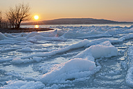 Germany, View of field of drift ice during sunset - SH000830