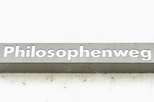 Germany, Duisburg, Street sign on Inner Harbour - HL000209