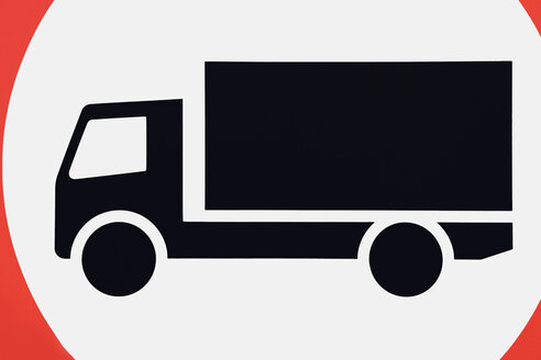 Traffic sign showing truck - SKF001487