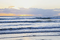 New Zealand, View of Ninety Mile Beach at sunset - GW002329