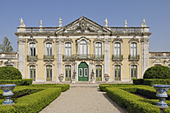 Portugal, Lisbon, View of Queluz National Palace - RUE001139
