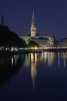 Germany, Hamburg, View of town hall and Binnenalster - NKF000001